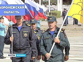 В Воронеже открылись трехдневные соревнования инспекций по маломерным судам