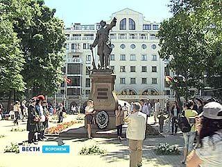 В Воронеже отмечают день рождения Петра Первого