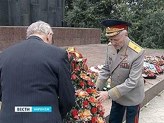 В Воронеже отпраздновали 70-летие Суворовского военного училища