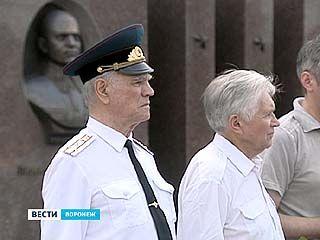 В Воронеже почтили память легендарного командарма Александра Лизюкова