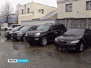 В Воронеже продолжается расследование дела о торговле ворованными иномарками