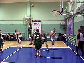 В Воронеже проходит зональный этап Первенства России по баскетболу
