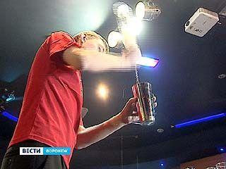 В Воронеже проходят соревнования среди барменов
