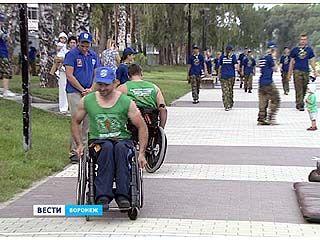 В Воронеже прошел марш колясочников