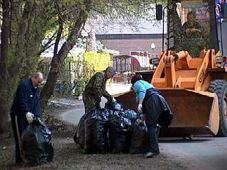 В Воронеже прошел первый этап общегородского субботника