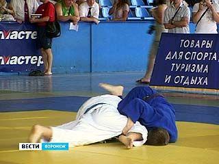 В Воронеже прошёл чемпионат округа по дзюдо
