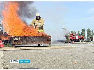 В Воронеже прошли соревнования добровольных пожарных дружин