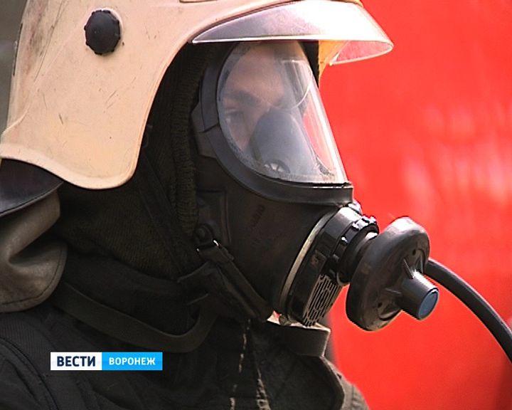 В Воронеже прошли соревнования спасателей, которые первыми приходят на помощь во время пожара