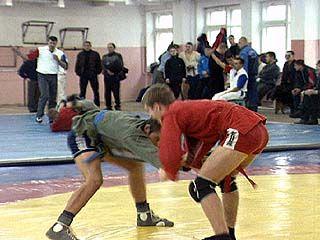 В Воронеже прошло первенство области по самбо