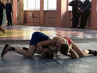 В Воронеже прошло первенство области по вольной борьбе