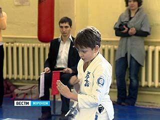 В Воронеже состоялось первенство области по ашихара-каратэ