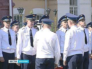 В Воронеже состоялся последний выпуск авиационно-инженерного университета