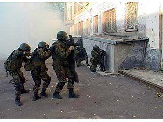В Воронеже спецназ ФСБ  отрабатывал освобождение заложников
