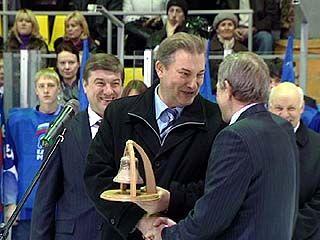 В Воронеже стартовал хоккейный турнир имени Владислава Третьяка