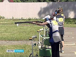 В Воронеже стартовал третий этап Кубка России по стендовой стрельбе