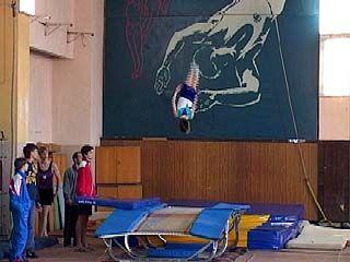 В Воронеже стартовало первенство по прыжкам на батуте