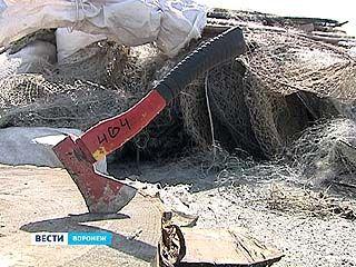 В Воронеже уничтожили крупную партию браконьерских сетей