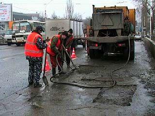В Воронеже ведется ямочный ремонт дорог