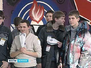 В Воронеже впервые прошел региональный этап по запуску бумажных самолётиков