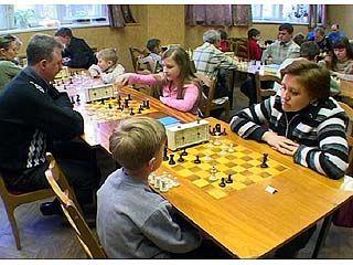 В Воронеже завершился турнир по семейным шахматам