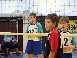В Воронеже завершился турнир по волейболу памяти Юрия Гагарина