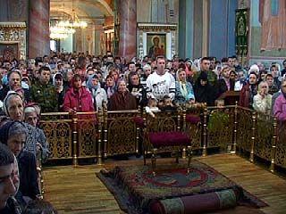 """В воронежских храмах начали читать """"антикризисную"""" молитву"""