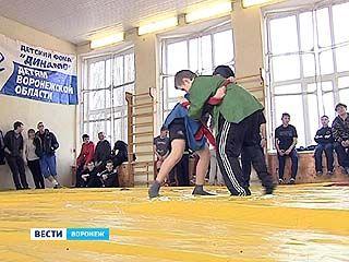 В Воронежском регионе набирает популярность борьба на поясах