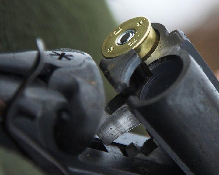 В Воронежской области мужчина застрелился в чужом автомобиле