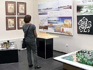 В зале на Кирова открылась выставка работ начинающих художников
