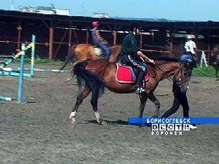Верховая езда - лучшее лекарство для спины