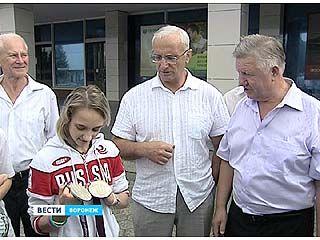 Виктория Комова вернулась в Воронеж из Лондона