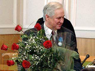 Владимир Кулаков поздравил железнодорожников с праздником