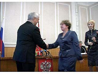 Владимир Кулаков вручил государственные награды