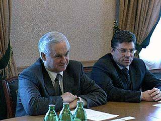 Владимир Кулаков встретился с послом Туркменской Республики
