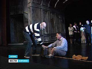 Владимир Петров будет строить в Воронеже театр мечты
