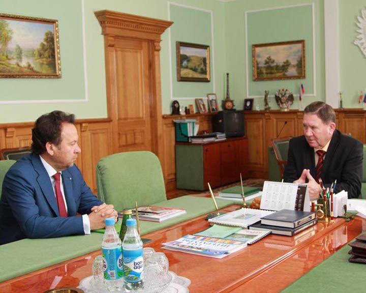 Владимир Салмин встретился с губернатором Курской области