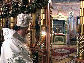 Во всех храмах в пасхальную ночь состоялись торжественные богослужения