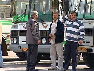 Водители маршруток провели предупредительную забастовку