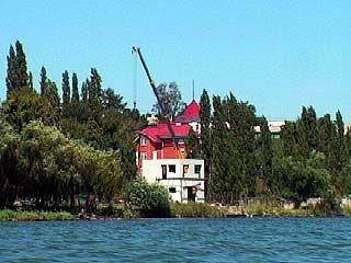 Водный кодекс решит судьбу построенных на берегу коттеджей