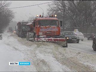 Воронеж уже стоит в пробках, а синоптики снова обещают снегопад