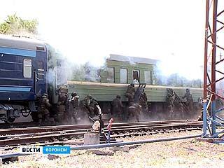 Воронеж встал в огромной пробке из-за учений на центральном вокзале