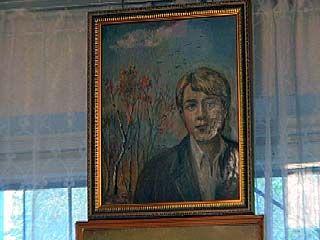 Воронежская художница нарисовала портрет Есенина по фотографии