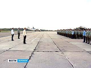 Воронежская семитысячная авиационная база приняла нового командующего