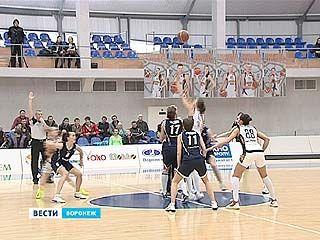Воронежские баскетболистки играли с противником из Ставрополя