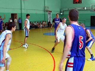 Воронежские баскетболисты сыграли со студенческой командой США