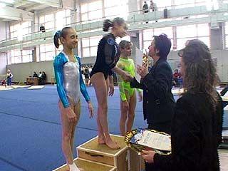Воронежские гимнастки завоевали на соревнованиях десять золотых наград