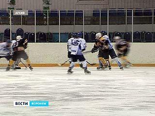 Воронежские хоккеисты обеспечили себе пропуск в финал соревнований
