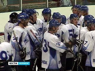"""Воронежские хоккеисты выиграли в матче с командой """"Липецк"""""""