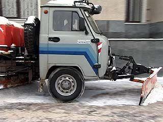 Воронежские коммунальщики должны расчистить город от снега до конца недели