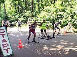Воронежские лыжники открыли сезон соревнованиями по кроссу